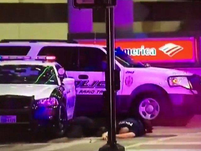 11 Dallas Police Officers Shot At Black Lives Matter Rally / Protest