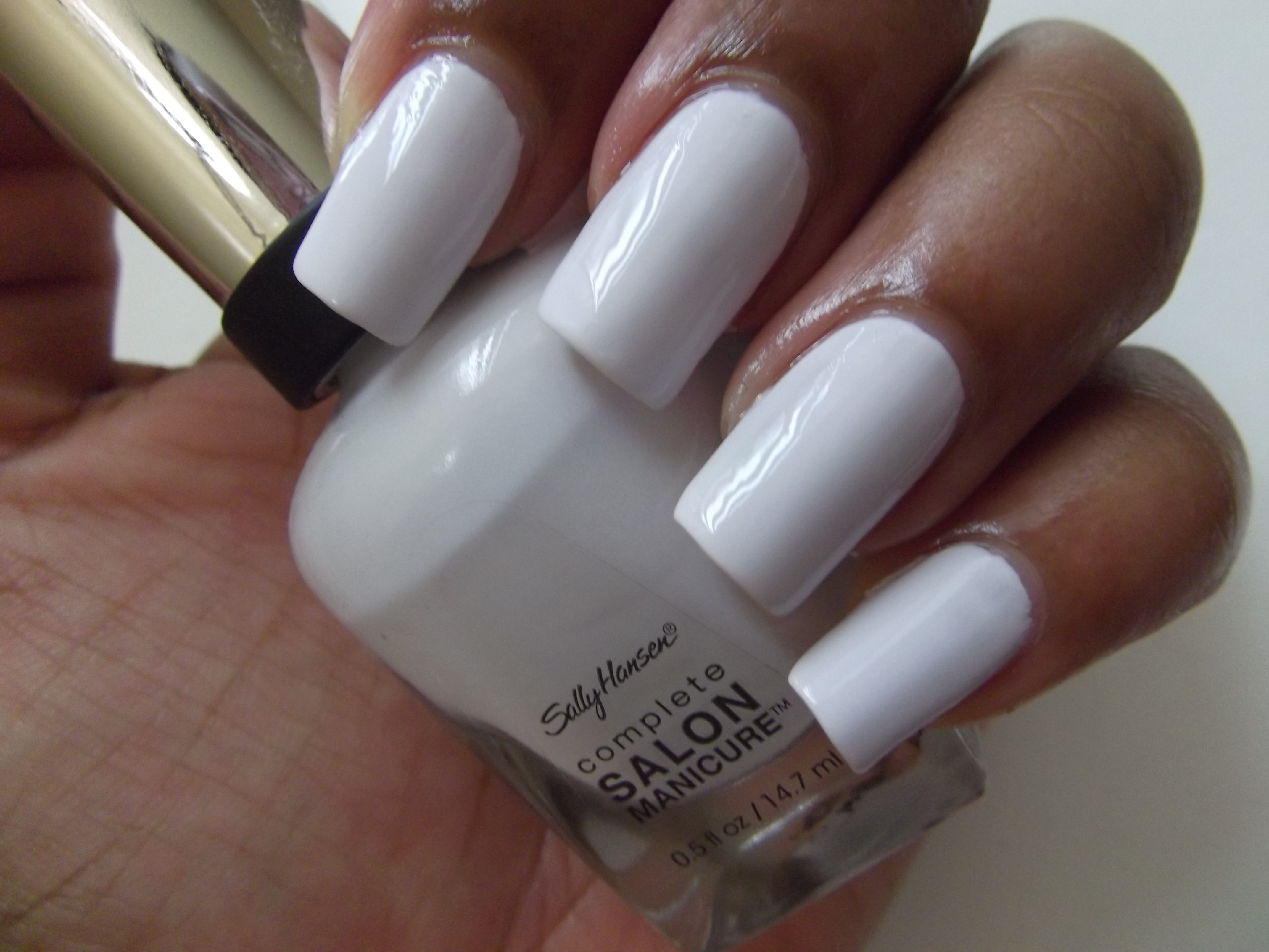 What Colour Nail Polish Should You Be Wearing Playbuzz